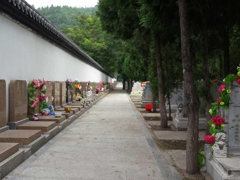 凤凰山陵园墓区景观