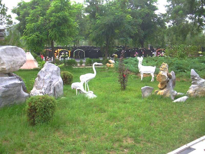 9墓区环境