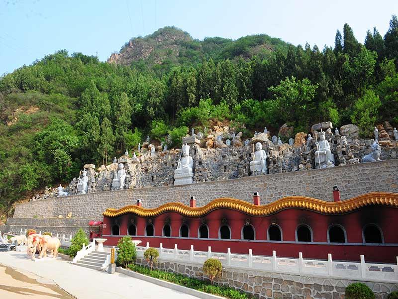 10陵园雕像