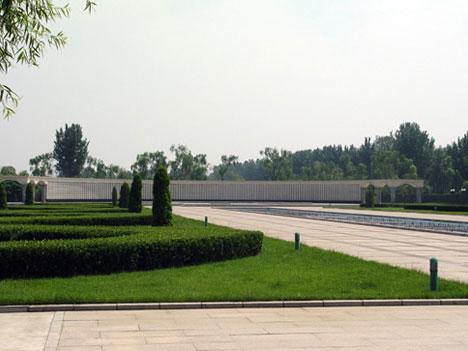 2陵园环境